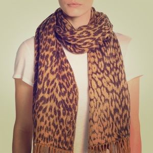 Winter Scarf Made in Italy Leopard Print